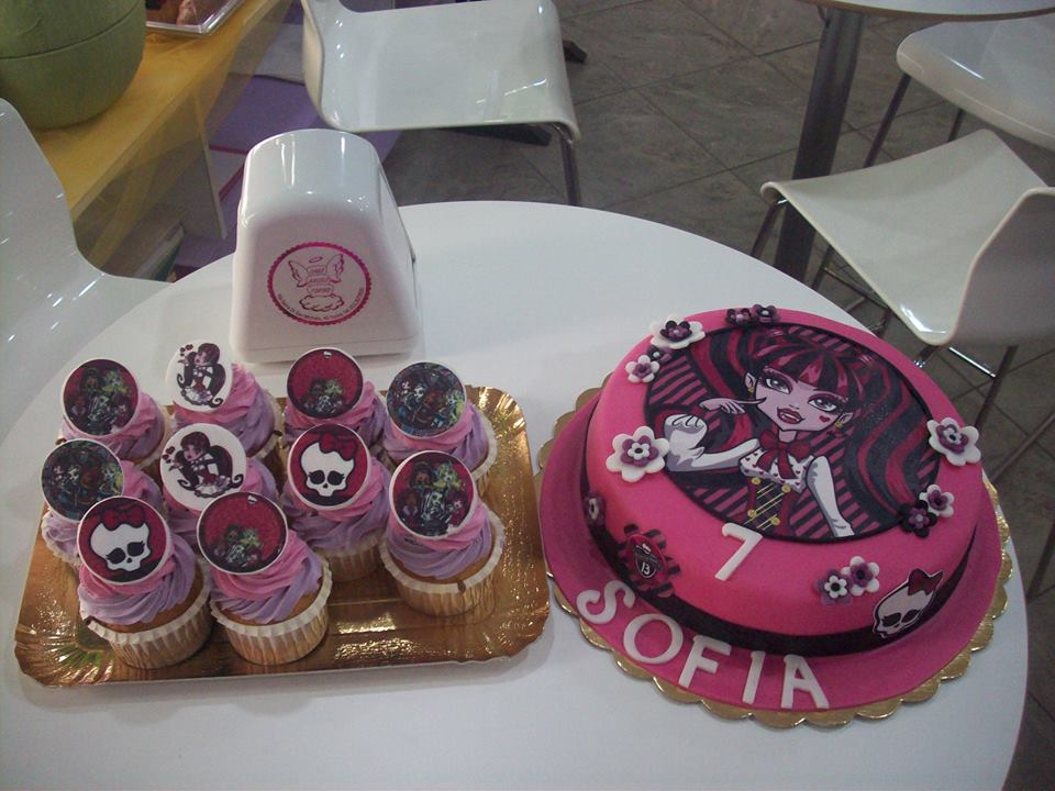 Sweet Table Monster High