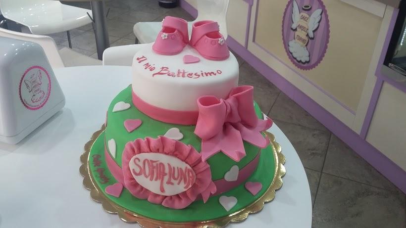 La torta di battesimo per sofia cake angels for Semplice design a due piani